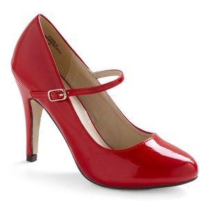 Red vintage inspired pumps